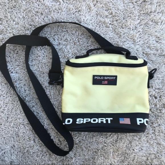 Vintage 90s Ralph Lauren POLO sport crossbody bag.  M 5b9197fc1b16db8fc24ad7f3 203738eabadf3